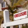 Report links foreclosures with crime rate